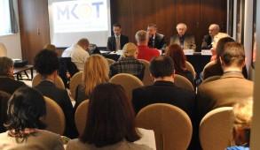 2014. február 27-én MKOT sajtótájékoztató Budapesten